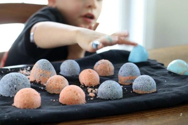 How To Make Homemade Bath Bombs With Kids #DIY #craft #bathroom