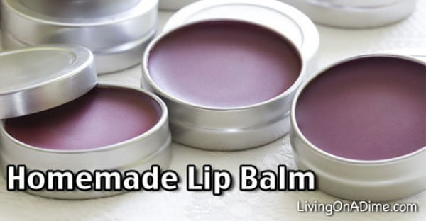 Homemade Christmas Present Idea #DIY #crafts #lipbalm