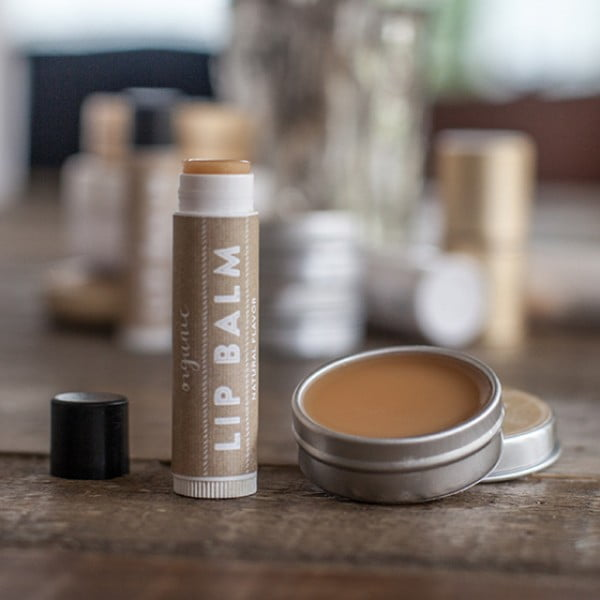 Handmade Organic Lip Balm #DIY #crafts #lipbalm