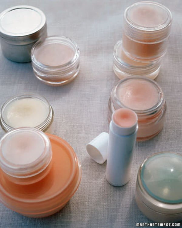 Homemade Lip Balm #DIY #crafts #lipbalm