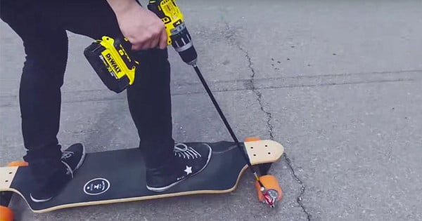 See how to make a DIY electric skateboard that runs on a power drill #DIY #crafts #toys