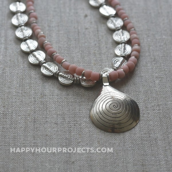 Coral Spiral DIY Necklace #DIY #crafts #jewelry #necklace
