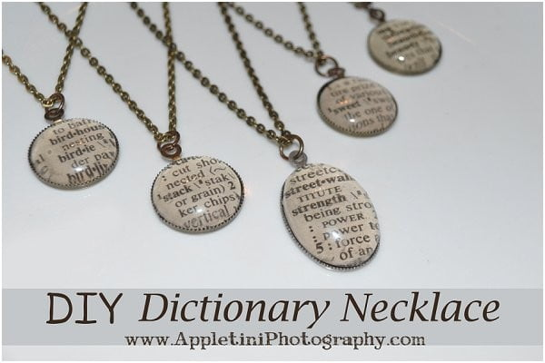 DIY Dictionary Necklace #DIY #crafts #jewelry #necklace