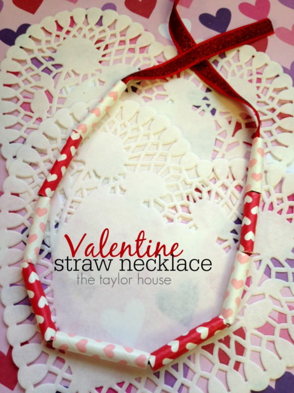 Valentine Kids Craft: DIY Necklace #DIY #crafts #jewelry #necklace