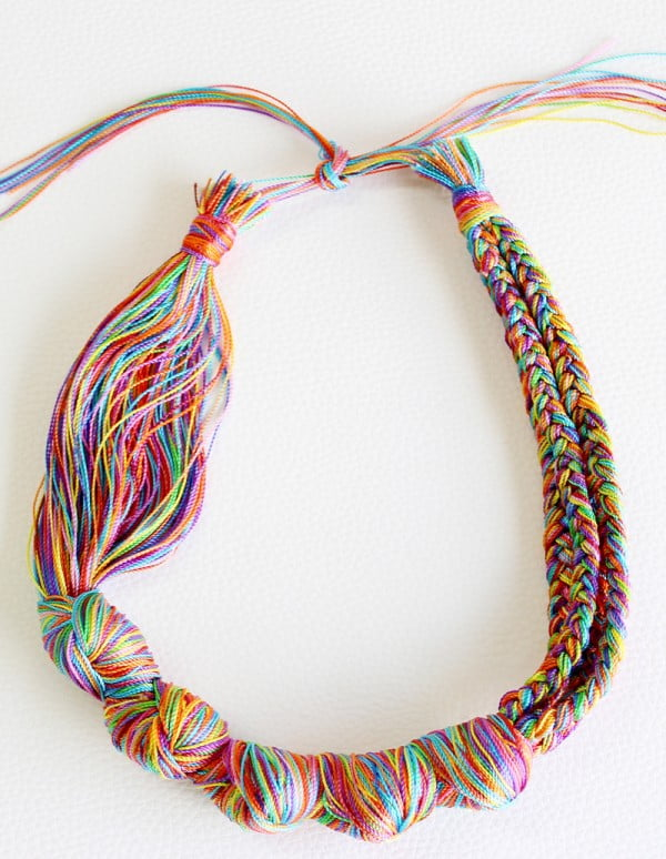 DIY necklace: How to make a necklace with embroidery threads #DIY #crafts #jewelry #necklace
