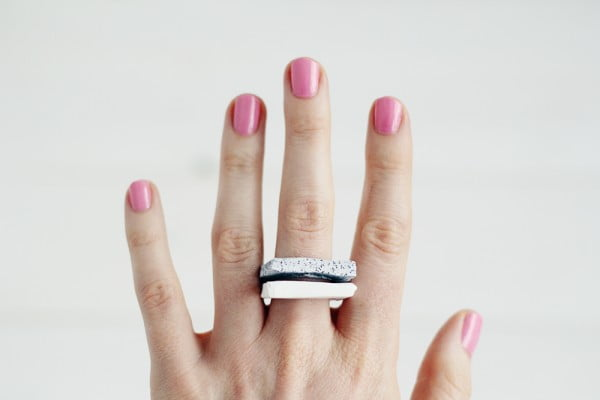 DIY Faux Granite Rings #DIY #jewelry #ring #crafts