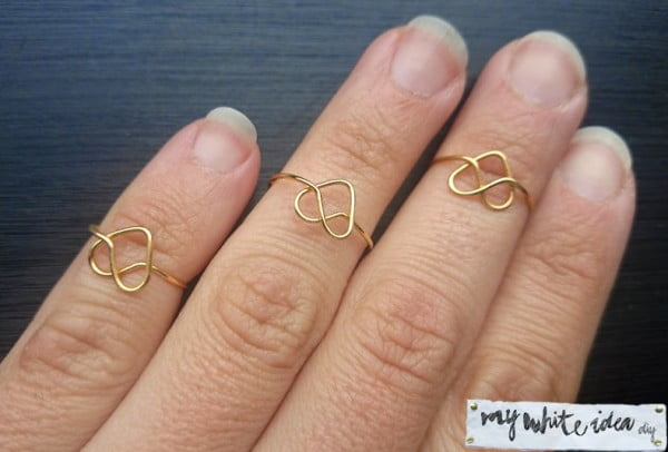 Easy diy heart ring #DIY #jewelry #ring #crafts