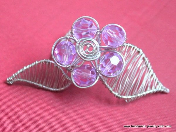 Flower and Leaf Ring Jewelry Making Tutorial #DIY #jewelry #ring #crafts