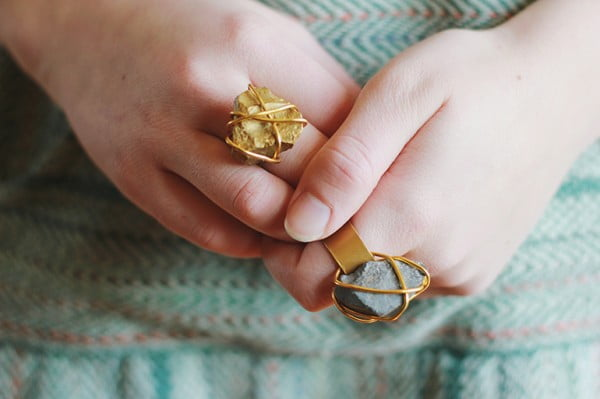 Golden Stone Ring. #DIY #jewelry #ring #crafts