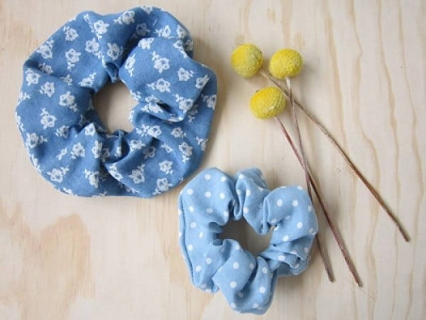 frankie exclusive diy: make a scrunchie #DIY #crafts #beauty #scrunchie #hairstyle #style