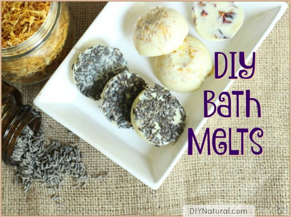 DIY Bath Melts: Moisturizing and Naturally Scented #DIY #crafts #beauty #bathroom