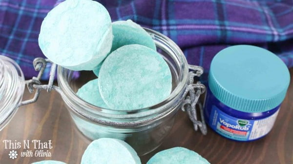 DIY Vapor Rub Shower Melts #DIY #crafts #beauty #bathroom