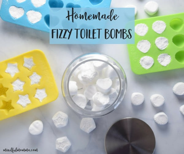 Homemade Fizzy Toilet Bombs #DIY #bathroom #cleaning #fizzies #toiletbombs #crafts