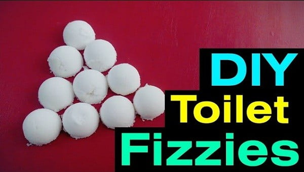 To Keep your Toilet Always Fresh And Clean. All You Need is this DIY! #DIY #bathroom #cleaning #fizzies #toiletbombs #crafts