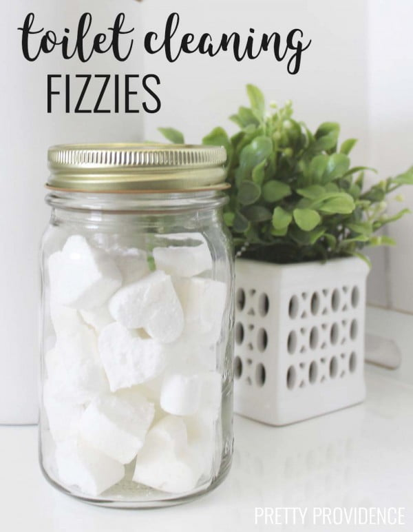 Diy Toilet Cleaning Fizzies #DIY #bathroom #cleaning #fizzies #toiletbombs #crafts