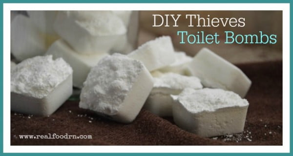 DIY Thieves Toilet Bombs #DIY #bathroom #cleaning #fizzies #toiletbombs #crafts