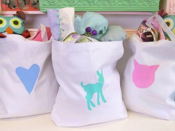 DIY personalized tote bags for kids #DIY #craft #totebag