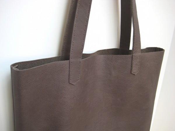 Simple Leather Tote Bag #DIY #craft #totebag
