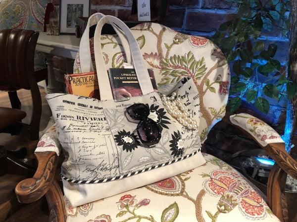Make your own Tote Bag with my DIY Tote Bag Tutorial and Free PDF #DIY #craft #totebag