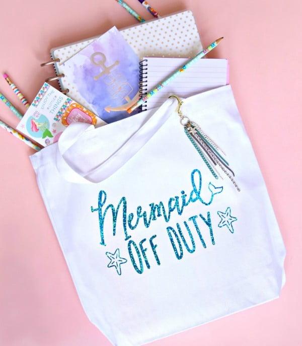 Mermaid DIY Tote Bag Tutorial + Free Cut File #DIY #craft #totebag