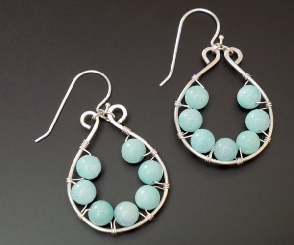Wire Wrapped & Beaded Earrings #DIY #crafts #jewelry