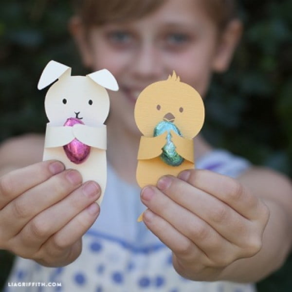 DIY Easter Craft by lia griffith #Easter #DIY #crafts