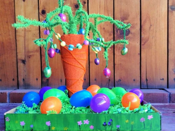 DIY Carrot Tree Easter Centerpiece Idea #Easter #DIY #crafts