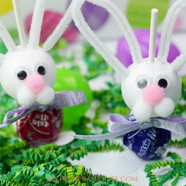 Easter Bunny Suckers #Easter #DIY #crafts