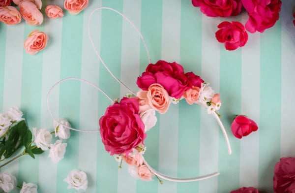DIY Floral Easter Bunny Ears #Easter #DIY #crafts