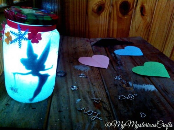 DIY : Tinkerbell Fairy Jar Lantern #DIY #craft #fairyjar #masonjar #homedecor