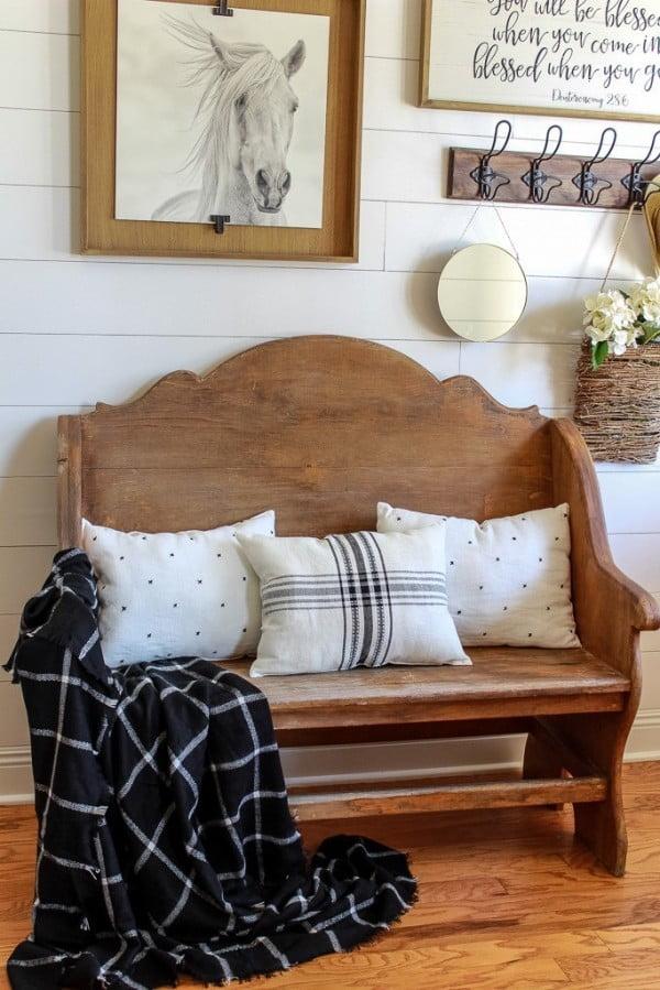 DIY No-Sew Pillows from Placemats #nosew #DIY #craft #homemade #pillow