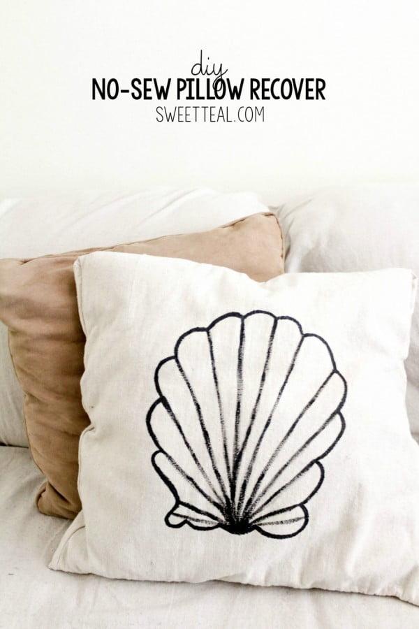 DIY No-Sew Pillow Recover #nosew #DIY #craft #homemade #pillow