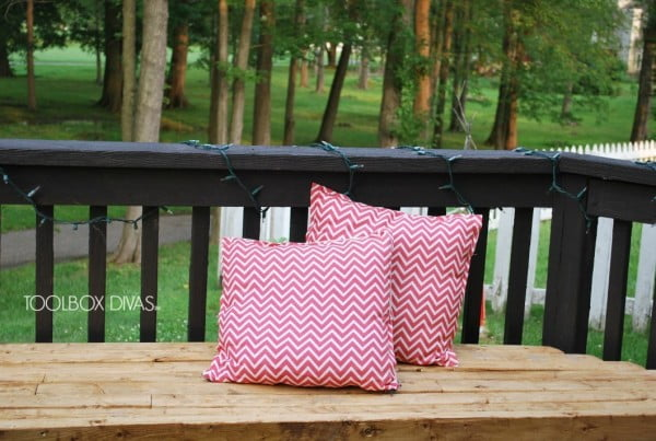 How to Make a No-Sew Pillow Cover with Zipper #nosew #DIY #craft #homemade #pillow