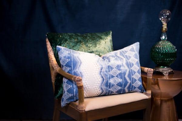 DIY Sew / No Sew Throw Pillows #nosew #DIY #craft #homemade #pillow