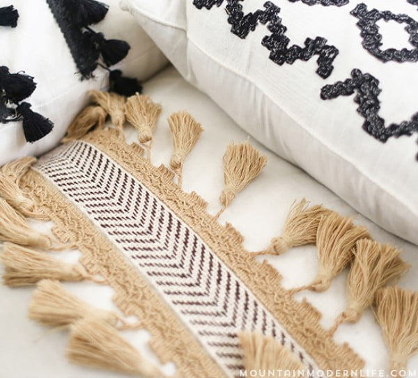 No-Sew DIY Boho Pillows #nosew #DIY #craft #homemade #pillow