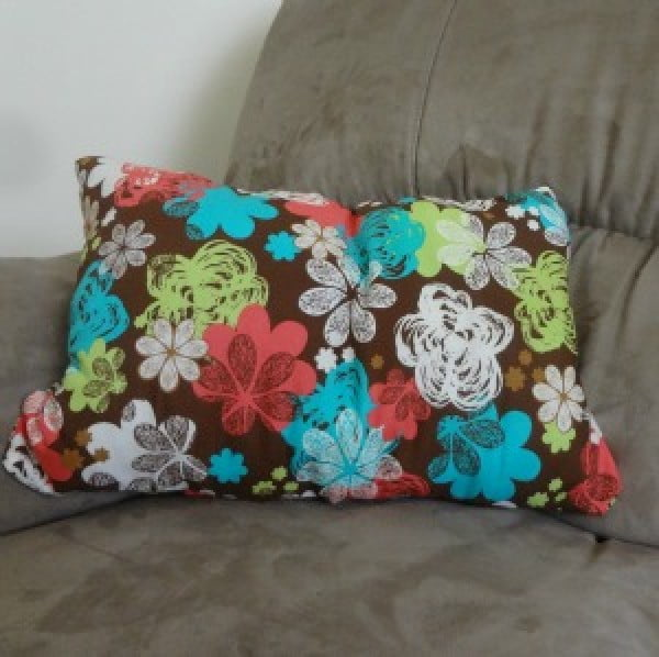 Get Crafty: How to Make a No-Sew Pillow #nosew #DIY #craft #homemade #pillow
