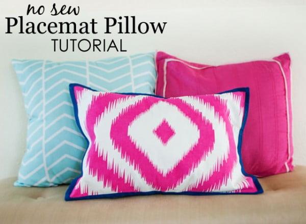 DIY: No-Sew Placemat Pillow #nosew #DIY #craft #homemade #pillow