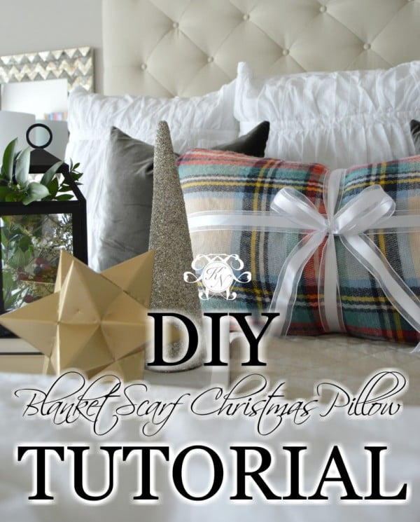 DIY No-Sew Blanket Scarf Christmas Pillow Tutorial #nosew #DIY #craft #homemade #pillow