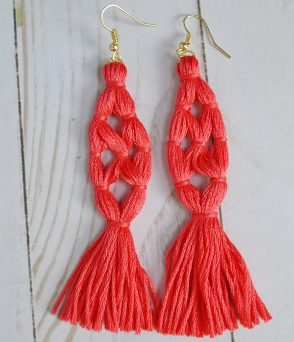 DIY Tassel Earrings [Super Easy Tutorial] – Mary Martha Mama #DIY #jewelry #earrings #crafts