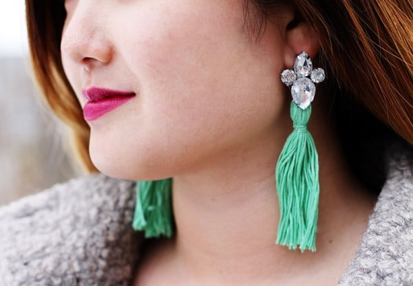 DIY Rhinestone Tassel Earrings #DIY #jewelry #earrings #crafts
