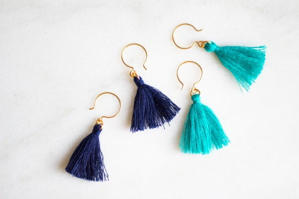 10-Second DIY Tassel Earrings #DIY #jewelry #earrings #crafts