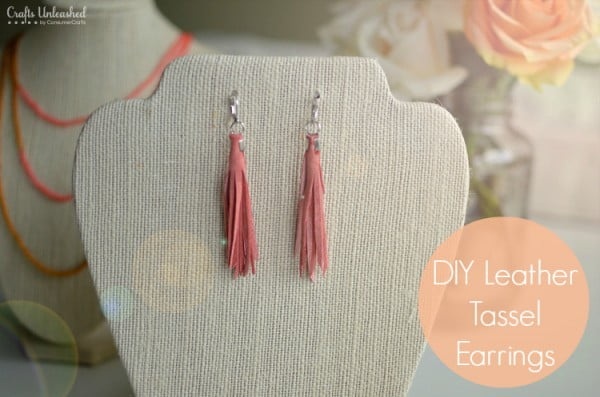 Tassel Earrings Tutorial: DIY Leather Tassels #DIY #jewelry #earrings #crafts