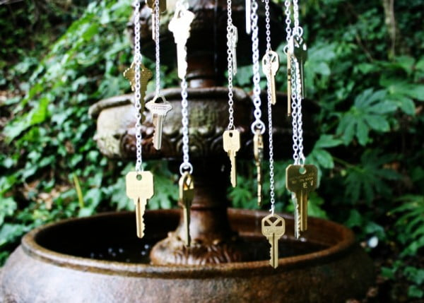 DIY key windchime #DIY #crafts #windchimes