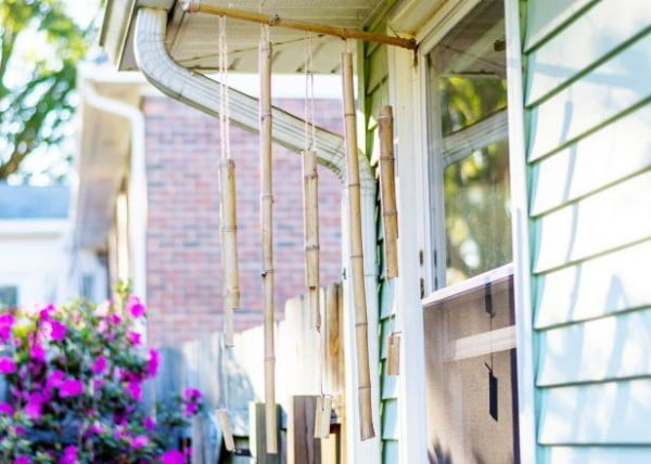 Make Bamboo Wind Chimes #DIY #crafts #windchimes