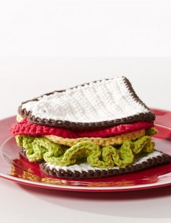 DIY Crocheted Sandwich Pattern #crochet #crochetpattern #DIY #craft