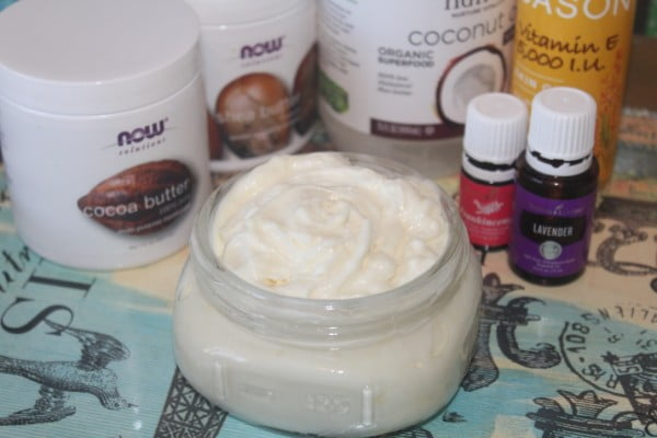 DIY Whipped Body Butter - #DIY #beauty #craft #bodybutter