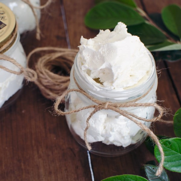 Homemade Whipped Body Butter #DIY #beauty #craft #bodybutter