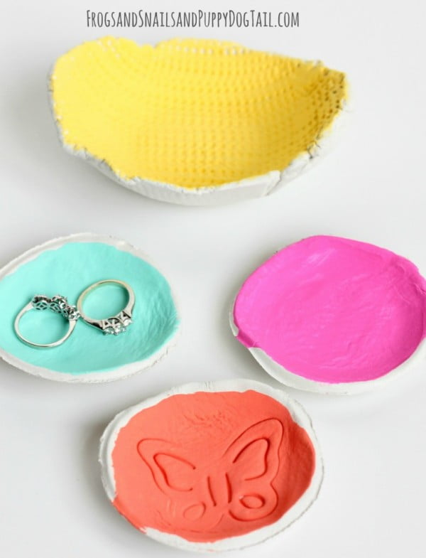 DIY Clay Bowl #DIY #clay #dish #trinket