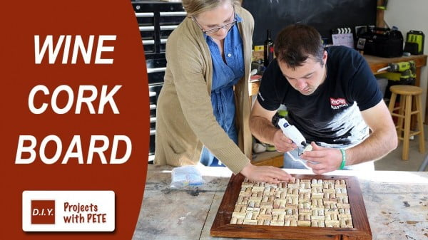 How to Make a Wine Cork Board #DIY #craft #winecork