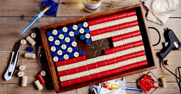 Honor Flag Day with this DIY Wine Cork Project #DIY #craft #winecork
